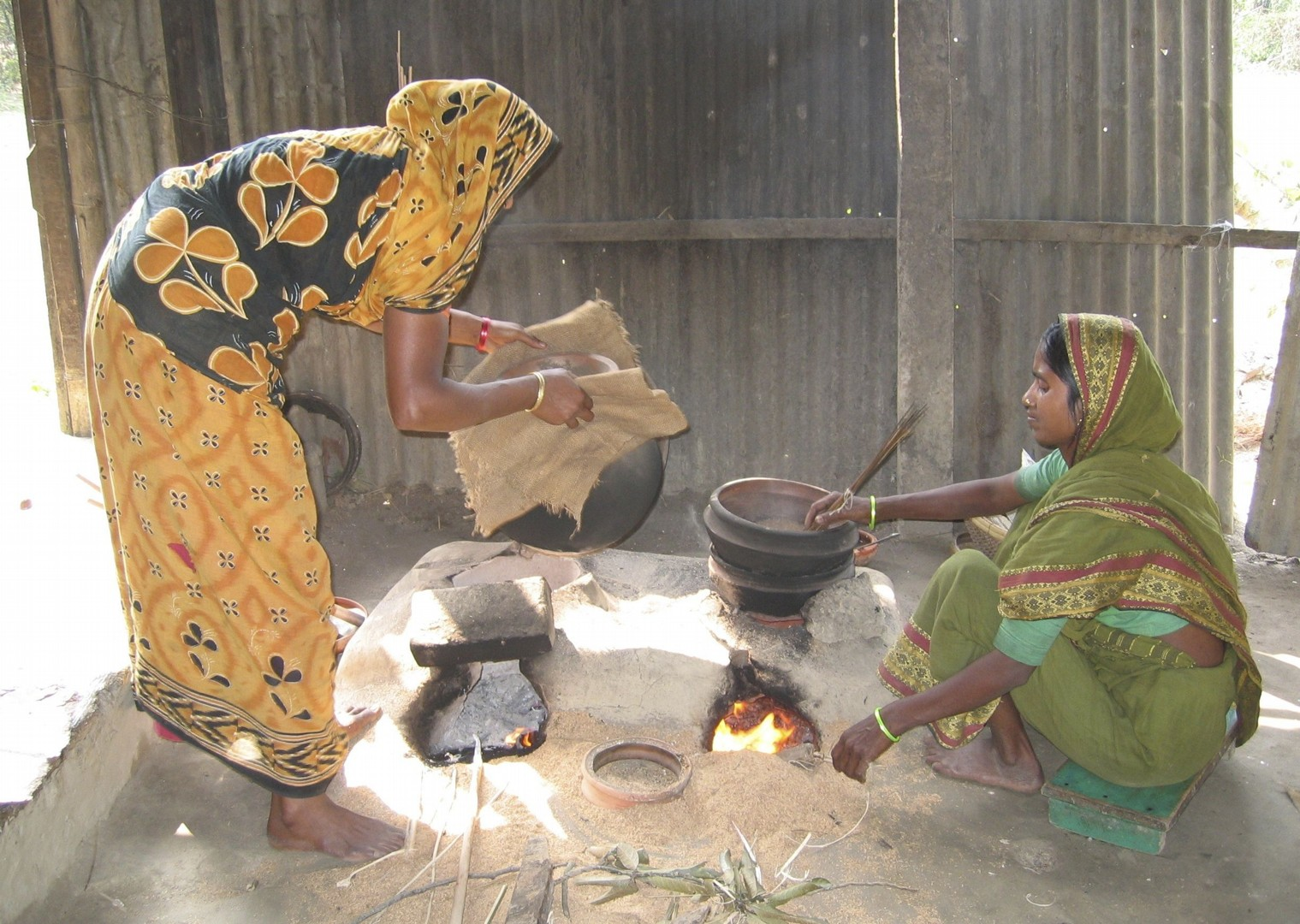 Cooking.jpg - Bangladesh - Meet the People Tours