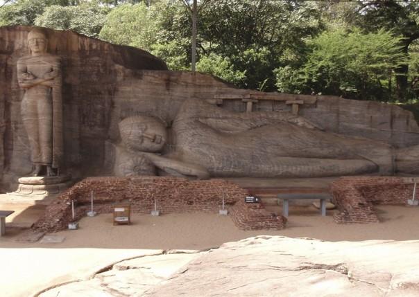 Reclining Buddha.jpg - Sri Lanka - Meet the People Tours