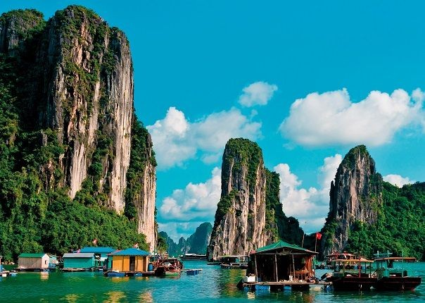Vietnam Halong Bay.jpg - Vietnam - Meet the People Tours