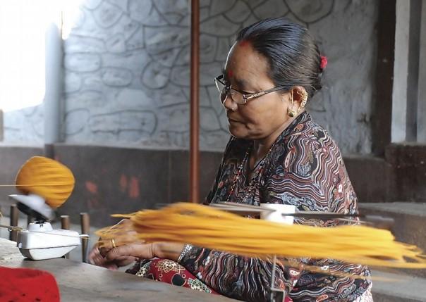 Spinning.jpg - Nepal - Meet the People Tours
