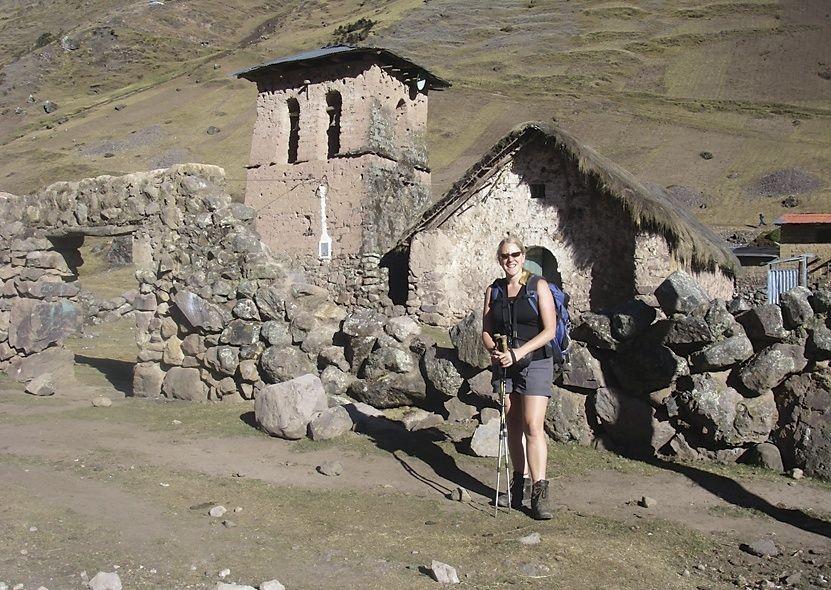 Trekking.jpg - Inca Trails in Peru - Meet the People Tours