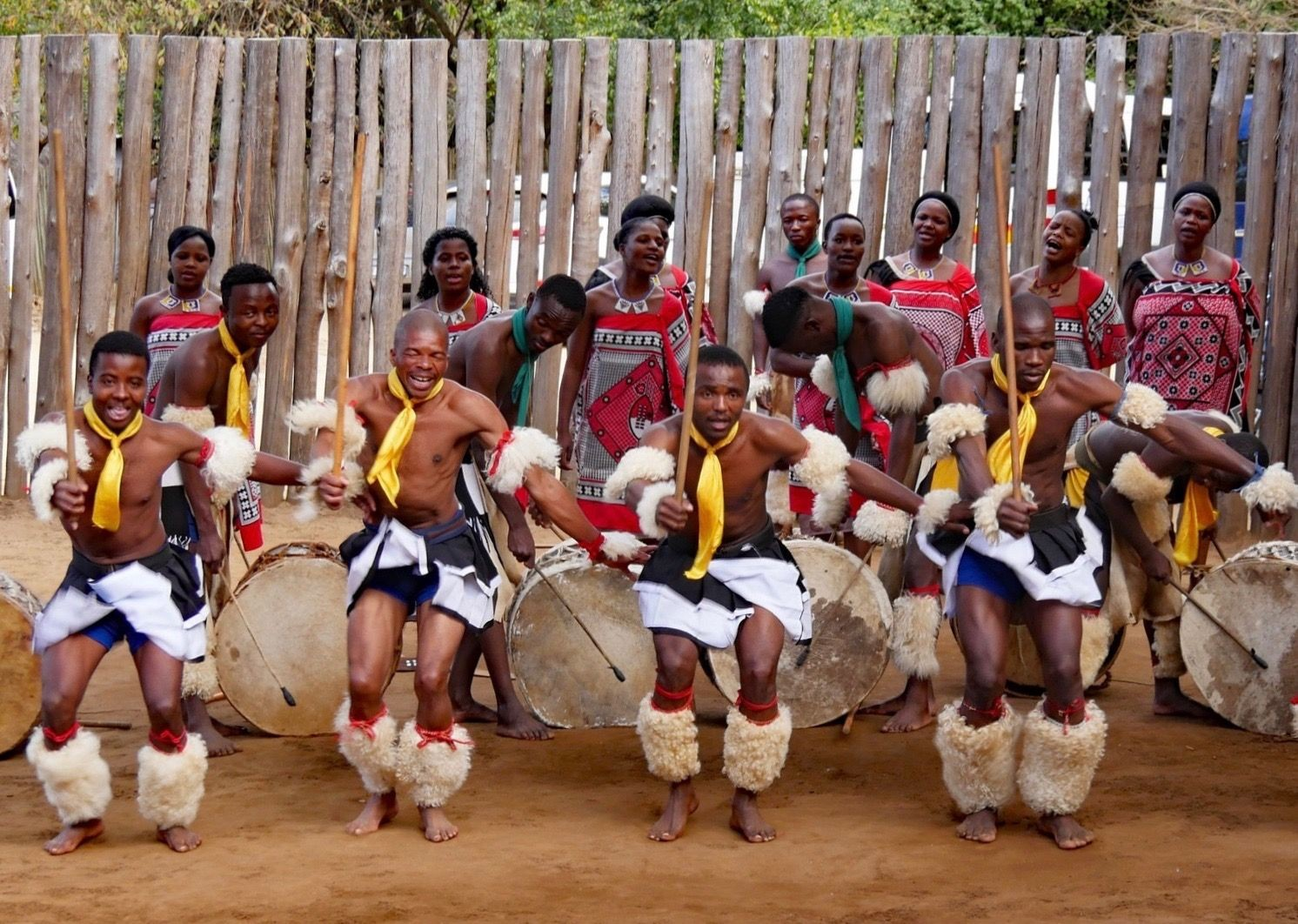 Swazi Dancing.jpg - Eswatini (Swaziland) - Meet the People Tours