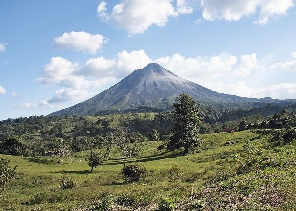 Arenal Volcano - Costa Rica - Meet the People Tours