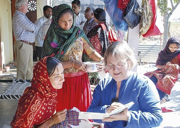 Meeting producers.jpg - Western India - Meet the People Tours