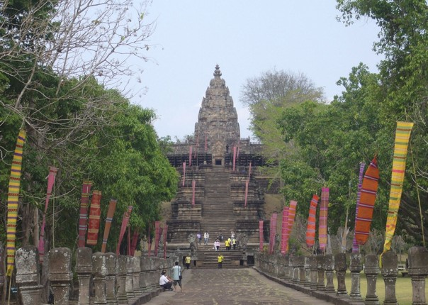 Khmer Temple.jpg - Thailand - Meet the People Tours