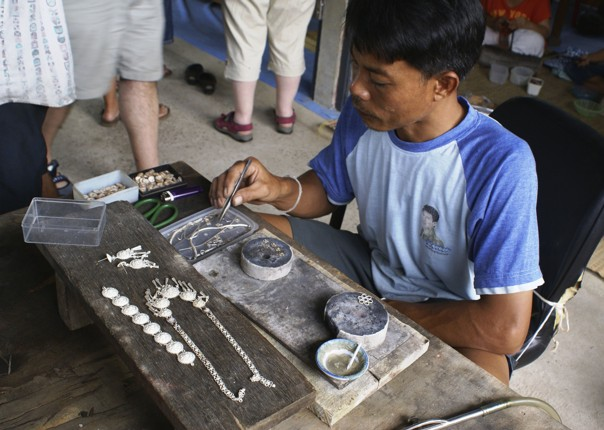 Silverwork.jpg - Thailand - Meet the People Tours